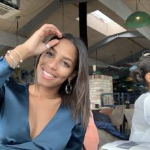 Female Professional, Maryn, seeking flatmate