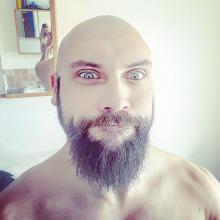 Male Professional, Matt, seeking flatmate in North London