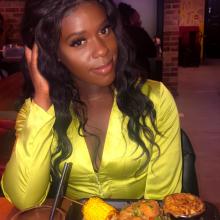 Female Professional, Abi, seeking flatmate in Stratford