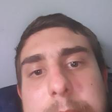 Male Professional, Paul, seeking flatmate in SO31 6AF