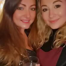 Female Professional, Leanne, seeking flatmate