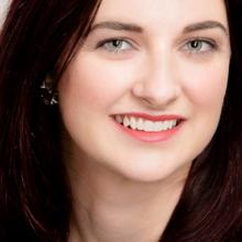 Female Professional, Samantha Christen, seeking flatmate