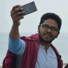 Student, Srinivas, seeking flatmate
