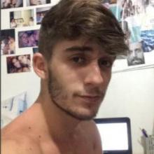 Male Professional, Benn, seeking flatmate in London, United Kingdom
