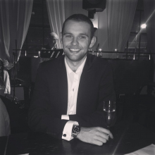 Male Professional, Scott, seeking flatmate in London, United Kingdom