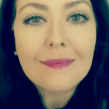 Female Professional, Aliconnolly, seeking flatmate in London, United Kingdom