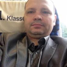 Male Professional, Dimitar, seeking flatmate in London, United Kingdom