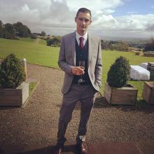 Male Professional, Jonny, seeking flatmate in London, United Kingdom