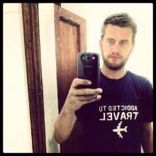 Male Professional, Januszdrag, seeking flatmate in London, United Kingdom