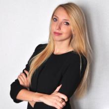 Female Professional, Michela, seeking flatmate in London, United Kingdom