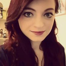 Female Professional, Becky, seeking flatmate in London, United Kingdom