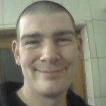 Male Professional, Anthony , seeking flatmate in London, United Kingdom