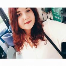 Female Student, Zuzanna, seeking flatmate in London, United Kingdom