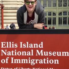 Male, Ellis, seeking flatmate in London, United Kingdom