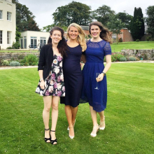 Female Student seeking roomshare in London, United Kingdom