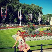 Female Freelancer/self employed, Karina, seeking flatmate in London
