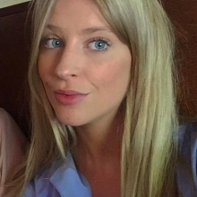 Female Professional seeking roomshare in Central London