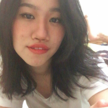 Female Student seeking roomshare in West London, South West London