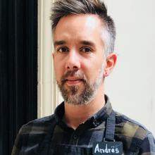 Male Professional seeking roomshare in Shepherd's Bush