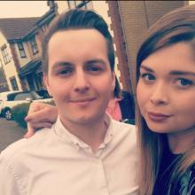 Male Professional, Stephen , seeking flatmate in Redhill