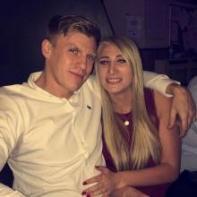 Couple Professional seeking roomshare in Basildon, United Kingdom