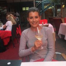 Female Professional seeking roomshare in London