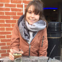 Female Professional, Kristin, seeking flatmate in Leeds