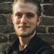 Male Professional, Ross, seeking flatmate