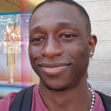 Male Professional seeking roomshare in Canary Wharf