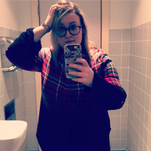 Female Professional, Louise.higginbottom, seeking flatmate in London, United Kingdom