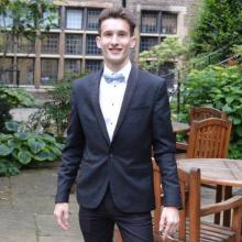 Male Professional, XavierJameson, seeking flatmate in Stoke Newington