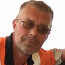 Male Other, Harvey, seeking flatmate in North London