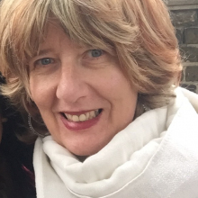 Female Professional, Giovanna Mancini, seeking flatmate