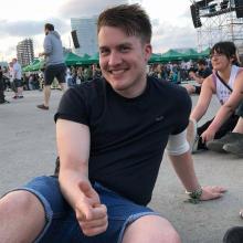 Male Professional, Ben, seeking flatmate in Rochester