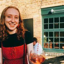 Female Professional seeking roomshare in East London