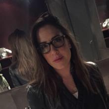 Female Professional, Sherielsztein, seeking flatmate in London, United Kingdom