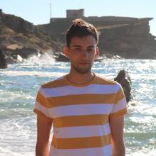 Male Student, AndréPedro, seeking flatmate