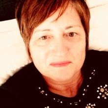 Female Professional, Sue, seeking flatmate
