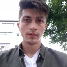 Male Freelancer/self employed, ValentinIluca, seeking flatmate in Finsbury Park