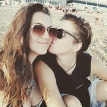 Female Professional, Ella-MarieKing, seeking flatmate in London