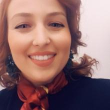 Female Professional, Natala Krzewska, seeking flatmate in South London