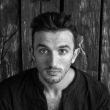 Male Professional, AttilaAndrási, seeking flatmate in London