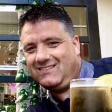 Male Professional, Stephen , seeking flatmate in High Wycombe