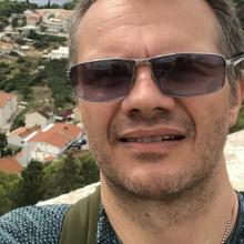 Male Professional, DarrenWalker, seeking flatmate