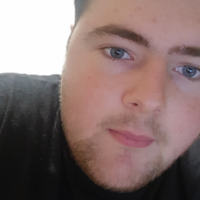 Male Student, Andrew, seeking flatmate in East London