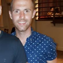 Male Professional, Luke, seeking flatmate in Clapham