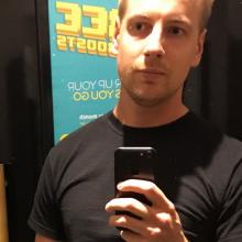 Male Freelancer/self employed, Dan, seeking flatmate in London