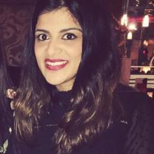 Female Professional, Nidhee, seeking flatmate