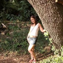 Female Professional, Tanya, seeking flatmate in London