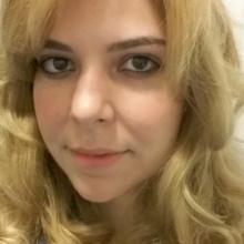 Female Freelancer/self employed, Sara Alves, seeking flatmate in Ealing